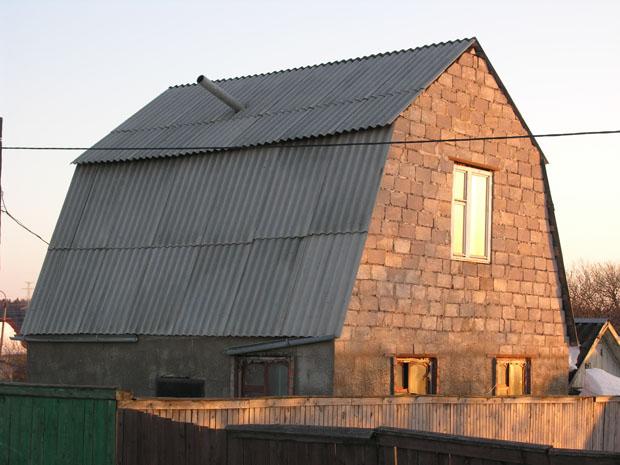 Халтурно построенный дом