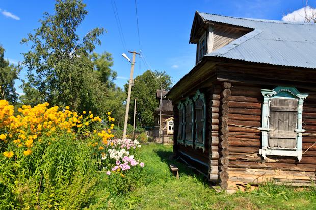 Старый дом в деревне