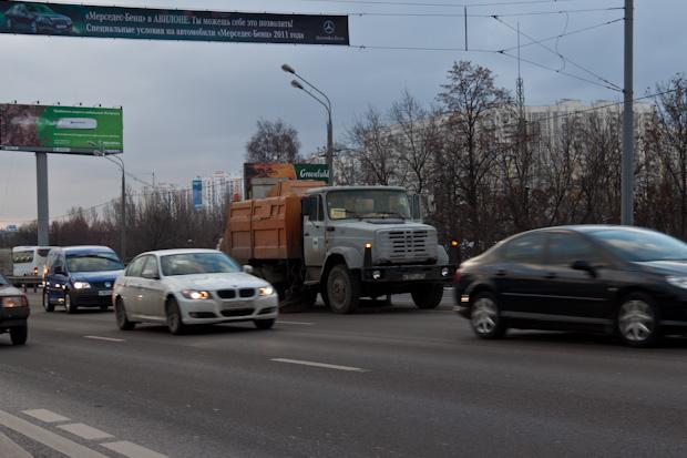 Уборка ленинградки в час пик - идиотизм