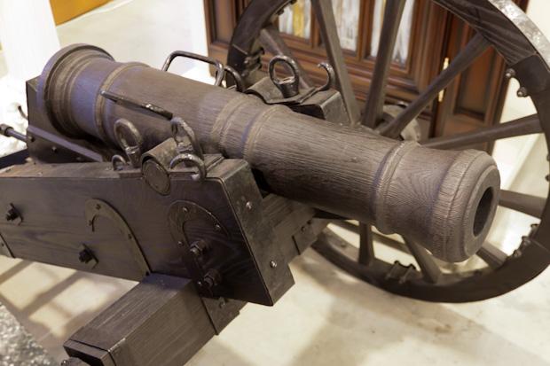 Макет старинной пушки