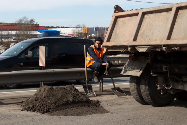 пробка на ленинградке из-за рабочих