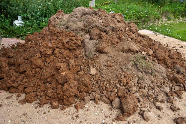 глина с землёй