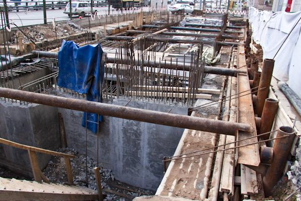 Как строят подземный переход