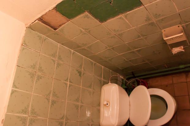 туалет в сельском клубе Толстяково