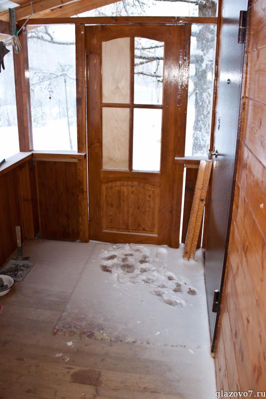намело снег на веранду