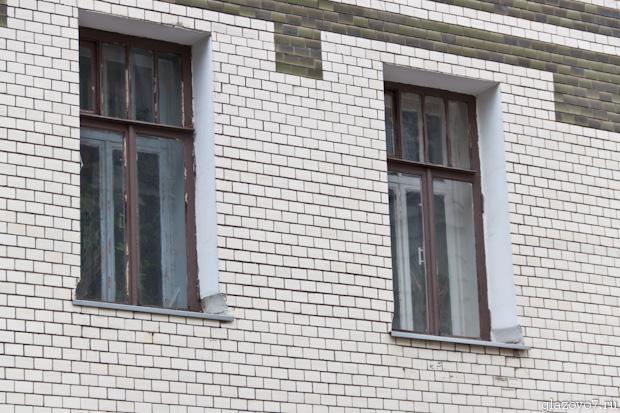 отделка фасадов которых сделана плиткой
