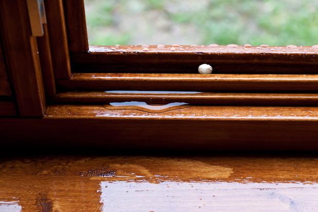Протекающие окна