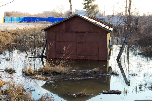затопило гараж