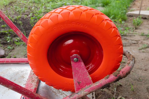 усиленное колесо для тачки