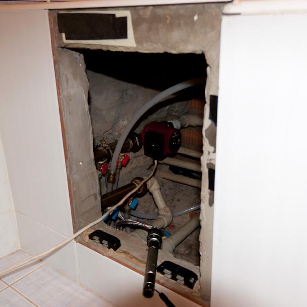 коллектор под ванной