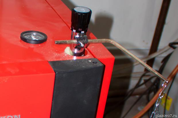 механизм с цепочкой на поддув