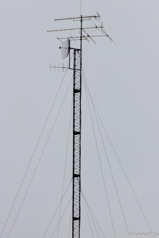 мачта с антеннами