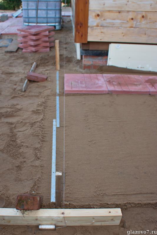 разметка площадки для укладки плитки