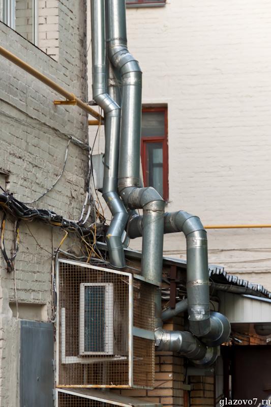 Вентиляционный спрут захватывает здание